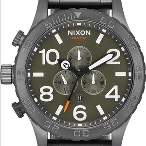 ***Brand New in Box NIXON 51-30 chrono watch***